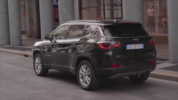 The new Jeep Compass 4xe Limited Driving Video